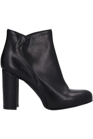 STELE FOOTWEAR - Ankle boots