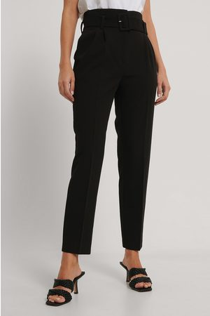 NA-KD Belted Straight Leg Suit Pants - Black