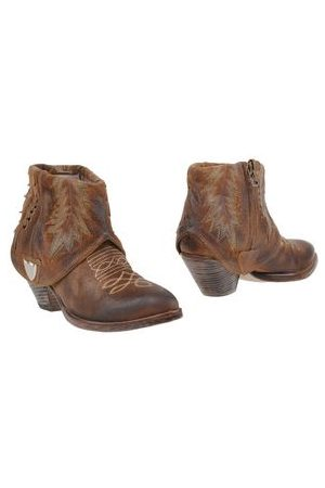 HTC Women Ankle Boots - FOOTWEAR - Ankle boots