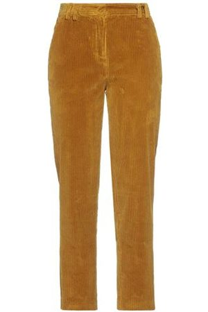 BALLANTYNE Women Trousers - TROUSERS - Casual trousers