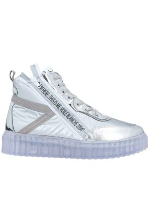 Voile blanche Women Trainers - FOOTWEAR - High-tops & sneakers