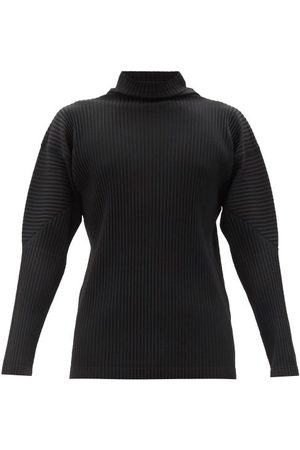 HOMME PLISSÉ ISSEY MIYAKE Men Tops - Technical-pleated Knit Long-sleeve T-shirt - Mens