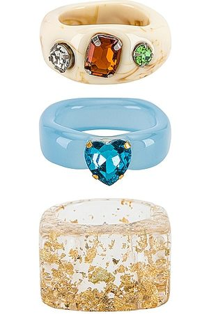 8 Other Reasons Acrylic Ring Set in .