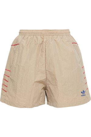 adidas Woman Shell Shorts Sand Size 32