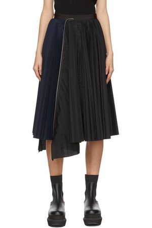SACAI Black & Navy Zip Pleated Skirt
