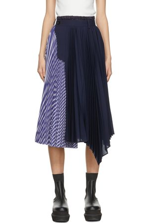 SACAI Women Pleated Skirts - Navy & Blue Pleated Side Closure Skirt