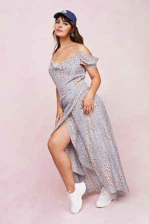 Nasty Gal Womens Plus Size Patchwork Floral Bardot Maxi Dress