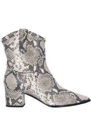 Alberto Gozzi Women Ankle Boots - FOOTWEAR - Ankle boots
