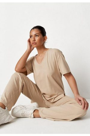 Missguided Mocha V Neck T Shirt And Trousers Co Ord Set