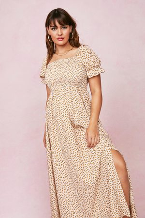 NASTY GAL Womens Plus Size Ditsy Floral Shirred Maxi Dress