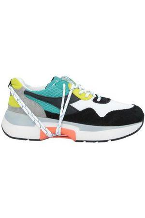 DIADORA HERITAGE FOOTWEAR - Low-tops & sneakers