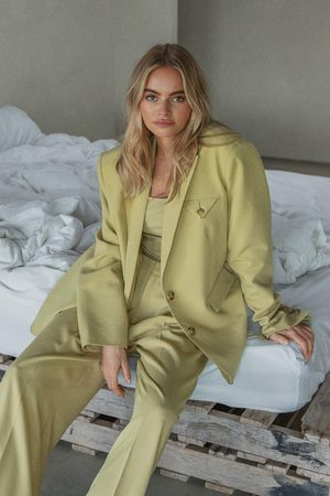 Claire Rose x NA-KD Oversized Suit Pants - Green