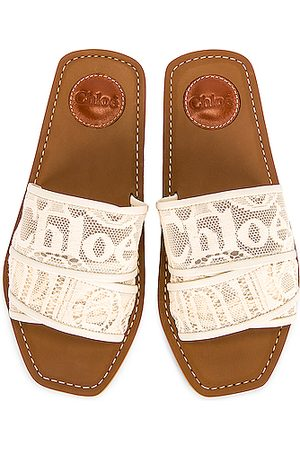 Chloé Woody Lace Slides in Mild