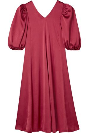 STINE GOYA Woman Marlen Belted Satin Dress Crimson Size L