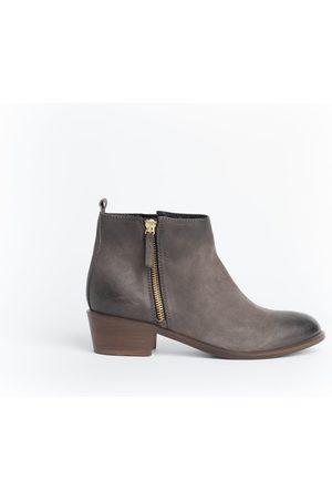 Cara Women Boots - Grey Saluki Boot