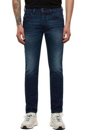 Diesel Women Slim - D-Bazer 9ER Slim Fit Jeans - Mid