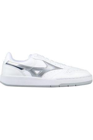 MIZUNO FOOTWEAR - Low-tops & sneakers