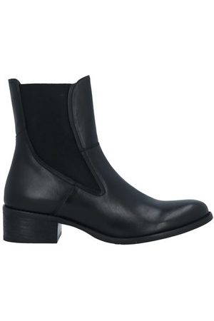ROMEO GIGLI Women Ankle Boots - FOOTWEAR - Ankle boots