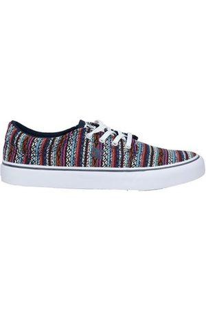 DC FOOTWEAR - Low-tops & sneakers