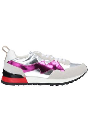 MULBERRY FOOTWEAR - Low-tops & sneakers