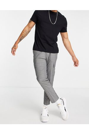 New Look Tapered cargo trousers in check