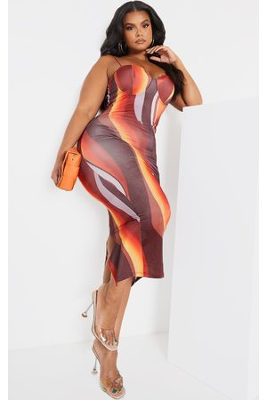 PRETTYLITTLETHING Plus Ombre Stripe Cup Detail Midi Dress