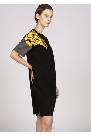 MARAINA LONDON FRANCIA embroidered cotton-jersey midi t-shirt dress in and grey
