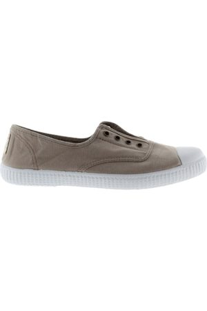 victoria Shoes Dora Canvas Plimsolls