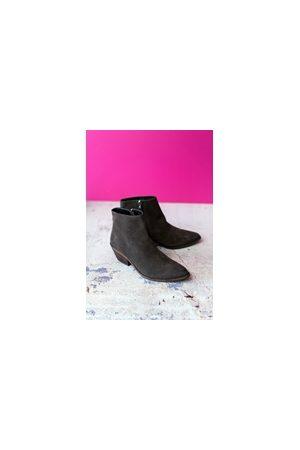 Cara Storm Grey Vito Boot