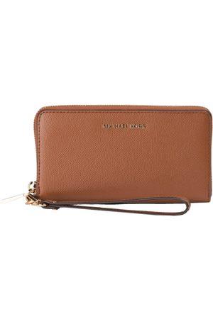 Michael Kors MICHAEL KORS - LG Smartphone Wristlet - Luggage