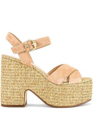 Sam Edelman Trianna 2 Sandal in . Size 6, 6.5, 7, 7.5, 8, 8.5, 9, 9.5.