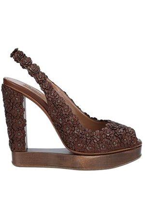 Alaïa FOOTWEAR - Sandals