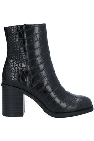 COLORS OF CALIFORNIA Women Ankle Boots - FOOTWEAR - Ankle boots