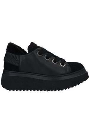 CESARE PACIOTTI 4US FOOTWEAR - Low-tops & sneakers