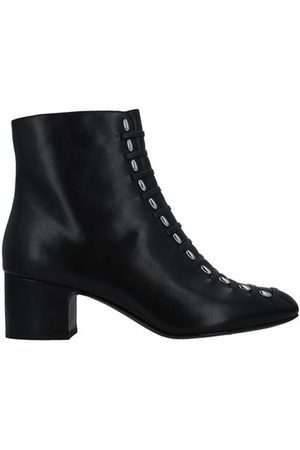 WHAT FOR Women Ankle Boots - FOOTWEAR - Ankle boots