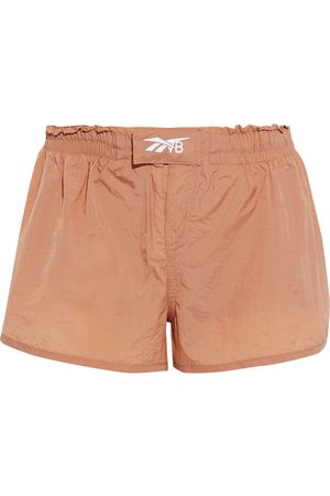 Reebok Woman Snap-detailed Crinkled-shell Shorts Antique Rose Size L