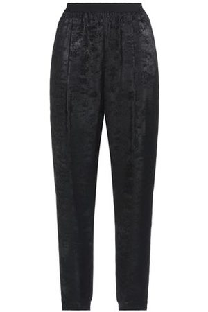 PIERANTONIO GASPARI Women Trousers - TROUSERS - Casual trousers