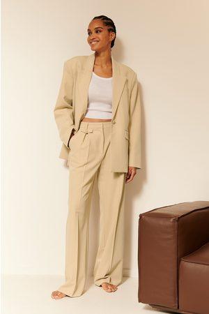 NA-KD Women Trousers - Pocket Detail Suit Pants - Beige