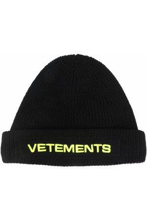 VETEMENTS Men Beanies - Embroidered-logo merino beanie