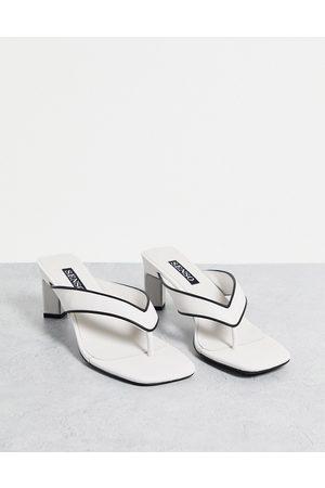 SENSO Livvi II heeled sandals with toe thong in