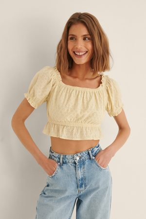 NA-KD Organic Anglaise Cropped Top - Yellow