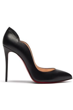 Christian Louboutin Hot Chick 100 Scalloped Leather Pumps - Womens
