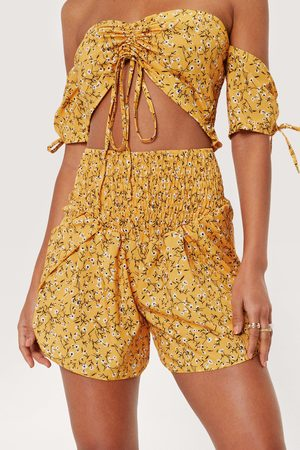 NASTY GAL Womens Ditsy Floral Print Off the Shoulder Crop Top