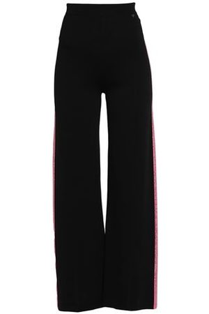Guess Women Trousers - TROUSERS - Casual trousers