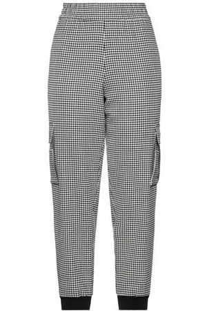 ALICE+OLIVIA Women Trousers - TROUSERS - Casual trousers