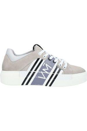 vic matiè Women Trainers - FOOTWEAR - Low-tops & sneakers
