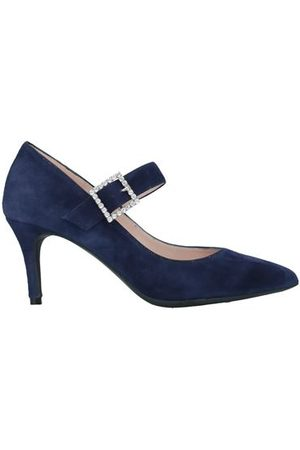 Marian FOOTWEAR - Courts