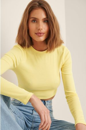 NA-KD Women Crop Tops - Recycled Round Neck Ribbed Long Sleeve Crop Top - Yellow