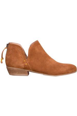 Cara Women Boots - Tan Baset Boot