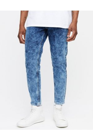 New Look Tapered jeans in acid wash